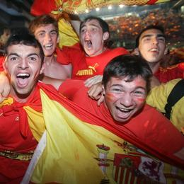 Viva España, viva el fútbol.